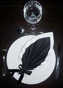 Pliage de serviette de table en forme de feuille de palmier, plier une serviette en papier feuille de palmier, l'art du pliage de serviettes...