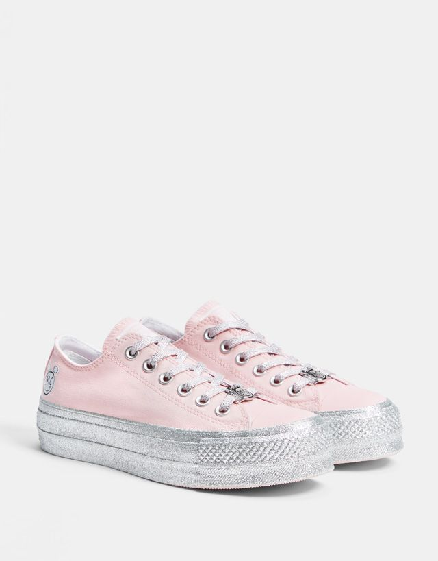 06221dcc9898 Converse X Miley Cyrus fabric platform sneakers - Bershka  conversexmiley   converse  mileycyrus  miley  chucktaylor  fashion  product  young  trend   trendy ...