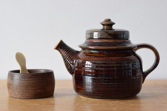Arabia Finland KAARNA teapot brown Ulla by littledanishmood