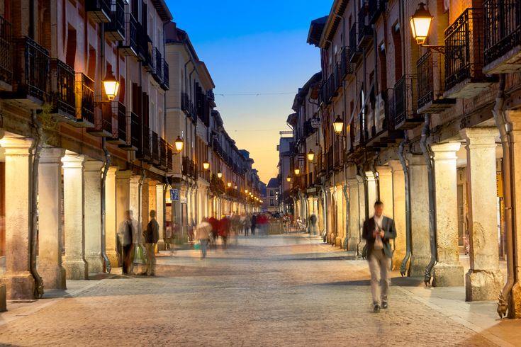 Picture of people walking down main street in Alcala de Henares, Spain