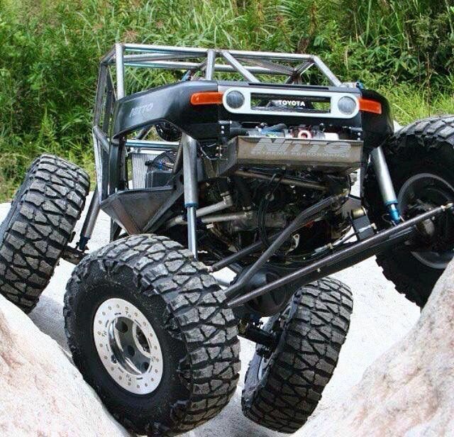 Toyota FJ Cruiser - TWISTED http://www.jackit.com/lift-kits/suspension-lift-kits/toyota.html?find=2007-toyota-4wd-fj-cruiser-139977