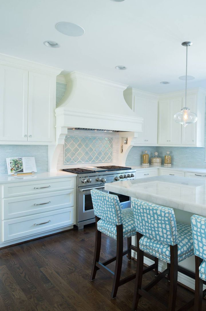 light turquoise kitchen 25 best ideas about light blue kitchens on 3763