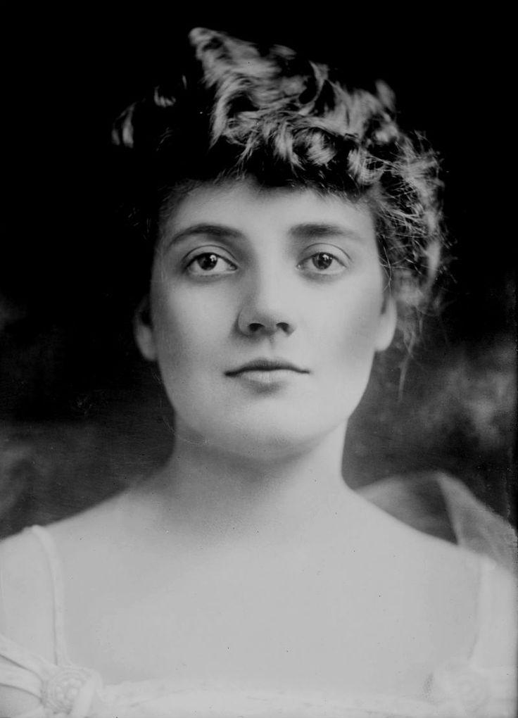 Lois Wilson c. 1915