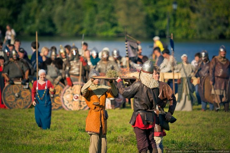 """Through Ancient Slavic North – large military reconstruction is taking place in Kolomenskoye estate, Russia and it's name is """"Times And Epochs"""""""