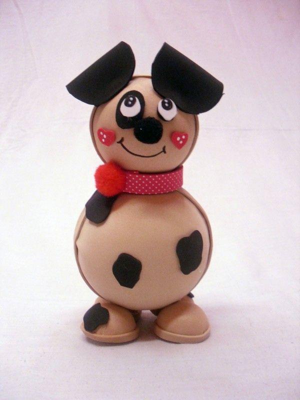 Fofucha caracterizada en perro.