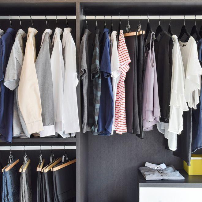Συμβουλές της μαμάς: Η Eλένη Δασκαλάκη δοκιμάζει και συστήνει τις top «συνταγές» οικοκυρικής! Σκόρος στα ρούχα, υγρασία στην ντουλάπα κ.ά. βρίσκουν λύση.