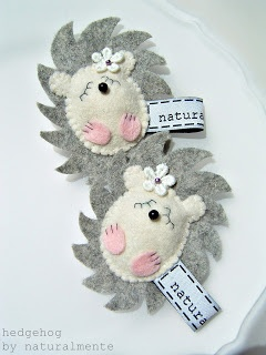 My hedgehogs - brooch. Felt/wool - lace.