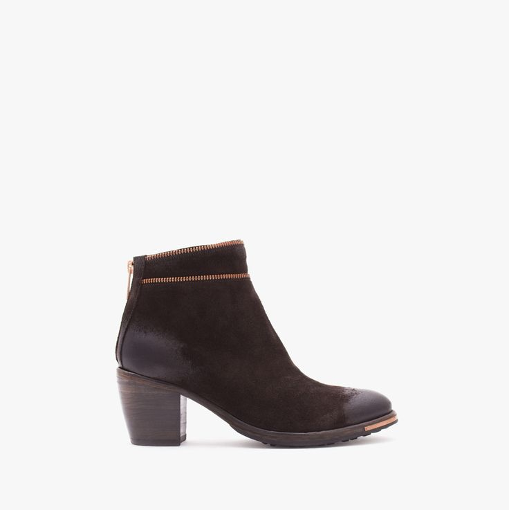 Suede ankle boot with zipper details