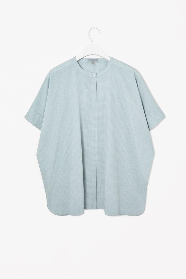 Relaxed collarless shirt