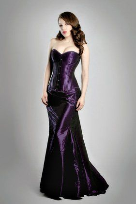 FairyGothMother - 70-m2055r23 Classic high quality overbust corset and matching skirt.