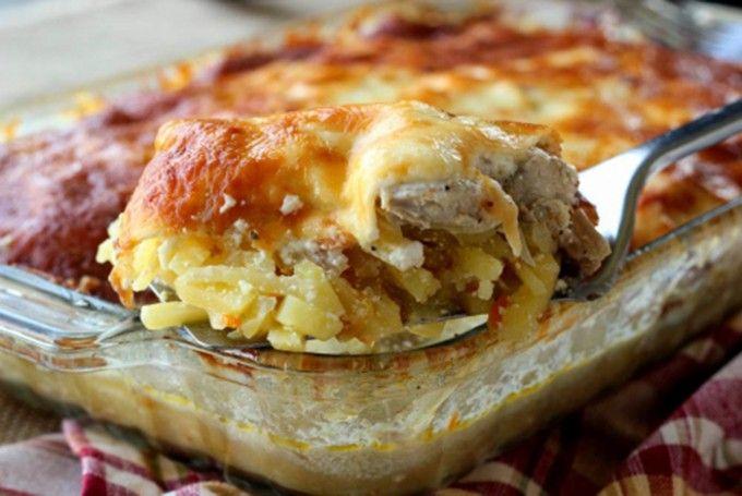 Bramborový kastrol s kuřecím masem a sýrem