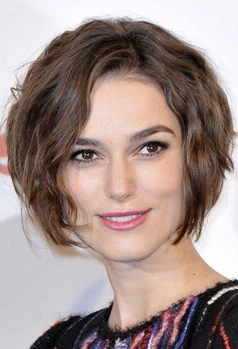 Now, I'm no Keira Knightley, but one day I will cut my hair like this!