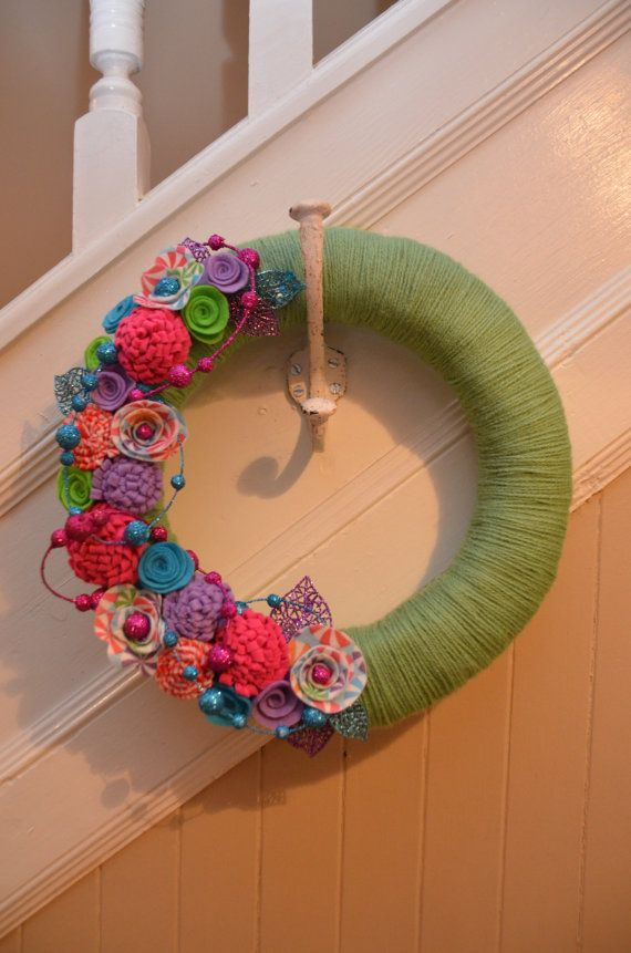 Yarn Wreath - CHRISTMAS WREATH CANDYLAND - Yarn Covered Straw Wreath with Felt Flowers and Glitter Accents - 12 inches