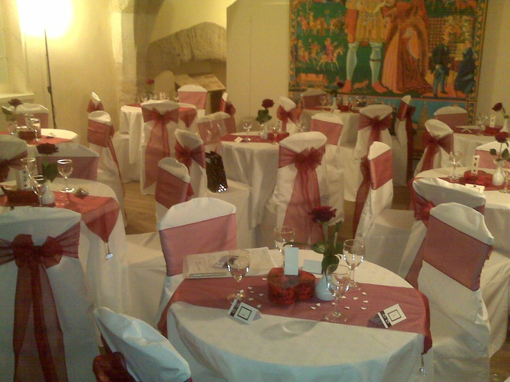 Burgundy Bows on White Chair Covers