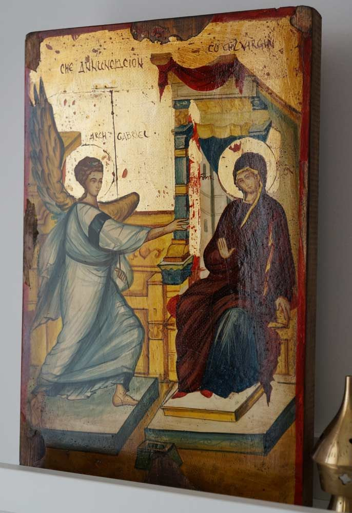 The Annunciation About our icons BlessedMart offers hand-painted religious icons that follow the Russian, Greek, Byzantine and Roman Catholic traditions. We partner with some of the most experienced iconographers in the country. Artists with more than 20 years of experience in modern iconography. Each and every icon that we sell in our online store is absolutely unique!