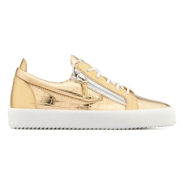 Giuseppe Zanotti Gail (13,080 MXN) ❤ liked on Polyvore featuring shoes, sneakers, gold, giuseppe zanotti trainers, patent sneakers, giuseppe zanotti shoes, rubber sole shoes and patent shoes