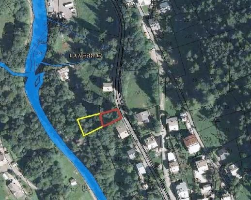 Land in morzine. £131k  Close to the Nyon ski lift 15 minute walk to Morzine Sunny plot 180m² chalet can be built Mains services at hand