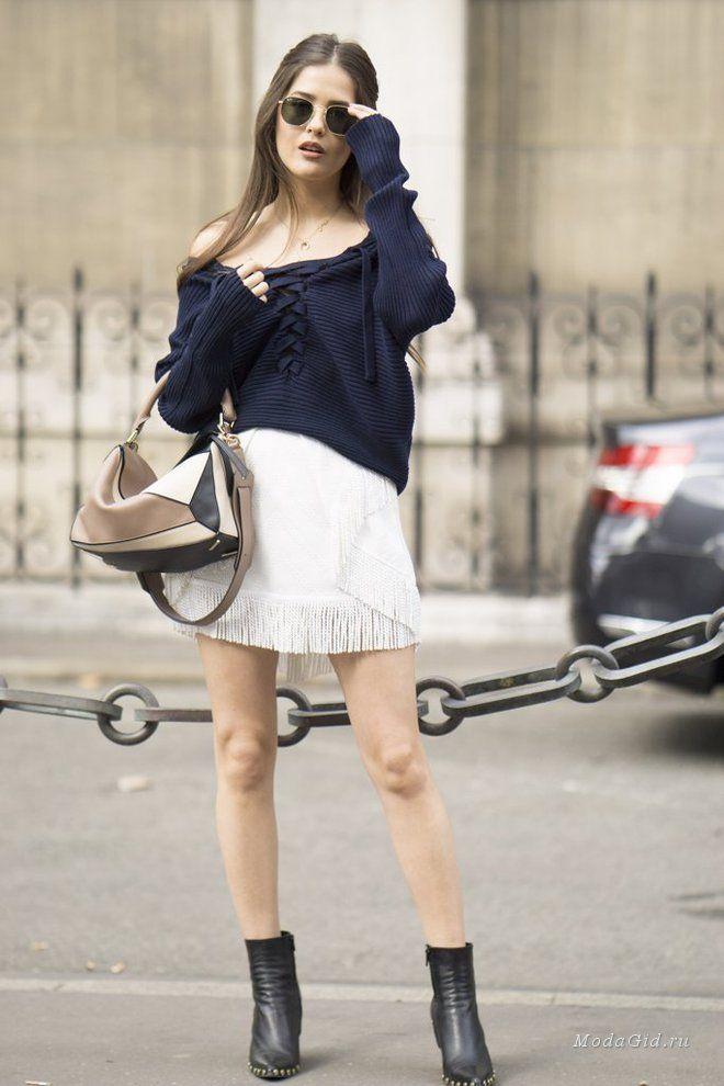 Уличная мода: Неделя моды в Париже сезона весна-лето 2017: уличный стиль