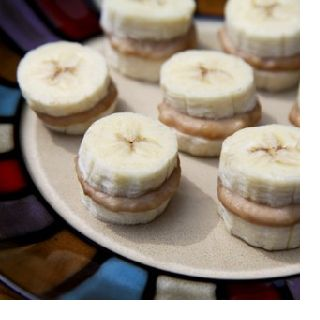 Frozen peanut butter banana bites! Low Calorie (160 per 7 bites)! great healthy snack. Try this! Best diet for weight loss