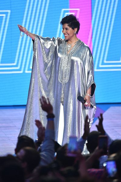 Phylicia Rashad Photos - Phylicia Rashad speaks onstage during the VH1 Hip Hop Honors: All Hail The Queens at David Geffen Hall on July 11, 2016 in New York City. - VH1 Hip Hop Honors: All Hail The Queens - Show