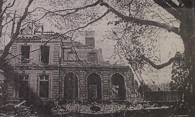 Chetwode Mansion after it burned | Demolished Gilded ...