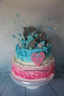 lekker zoet: Mayim 17 jaar roze en dolfijnen taart