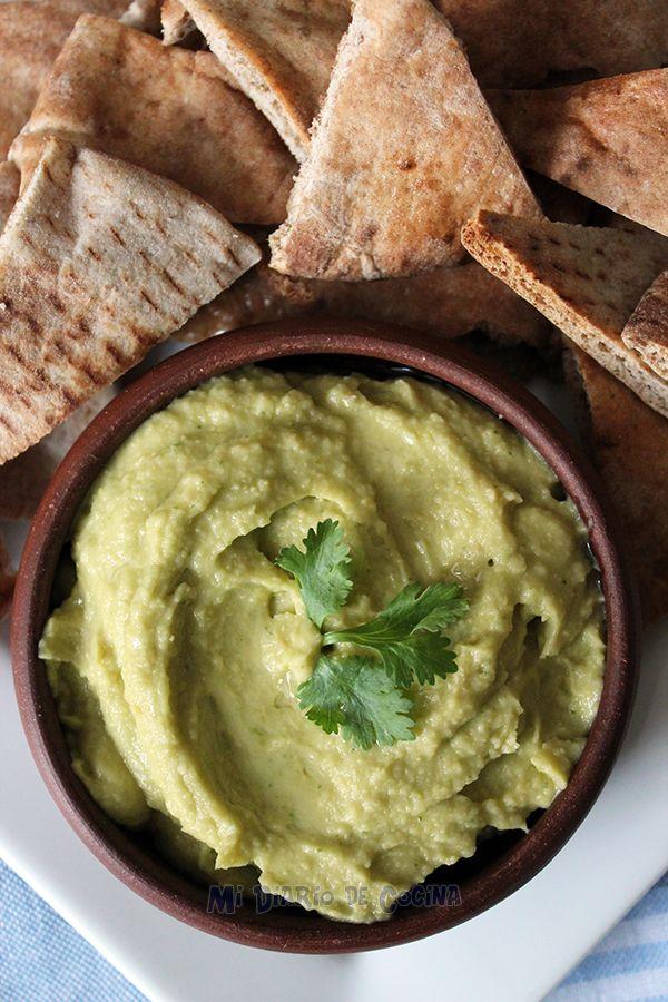 Este Hummus con palta, es un sencillo y saludable appetizer, ideal para compartir con los amigos.
