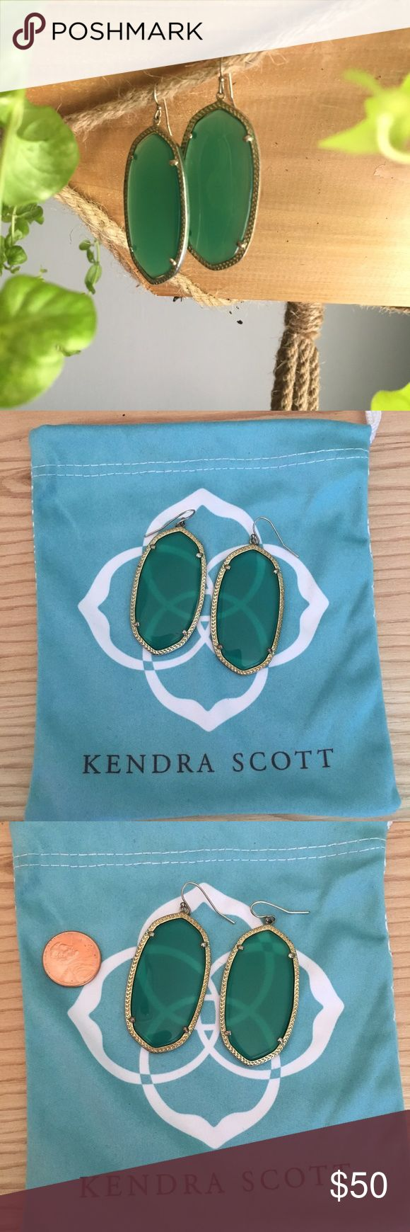 Kendra Scott emerald green drop earrings Beautiful Kendra Scott drop earrings in emerald green and gold. Kendra Scott bag not included in sale. Kendra Scott Accessories