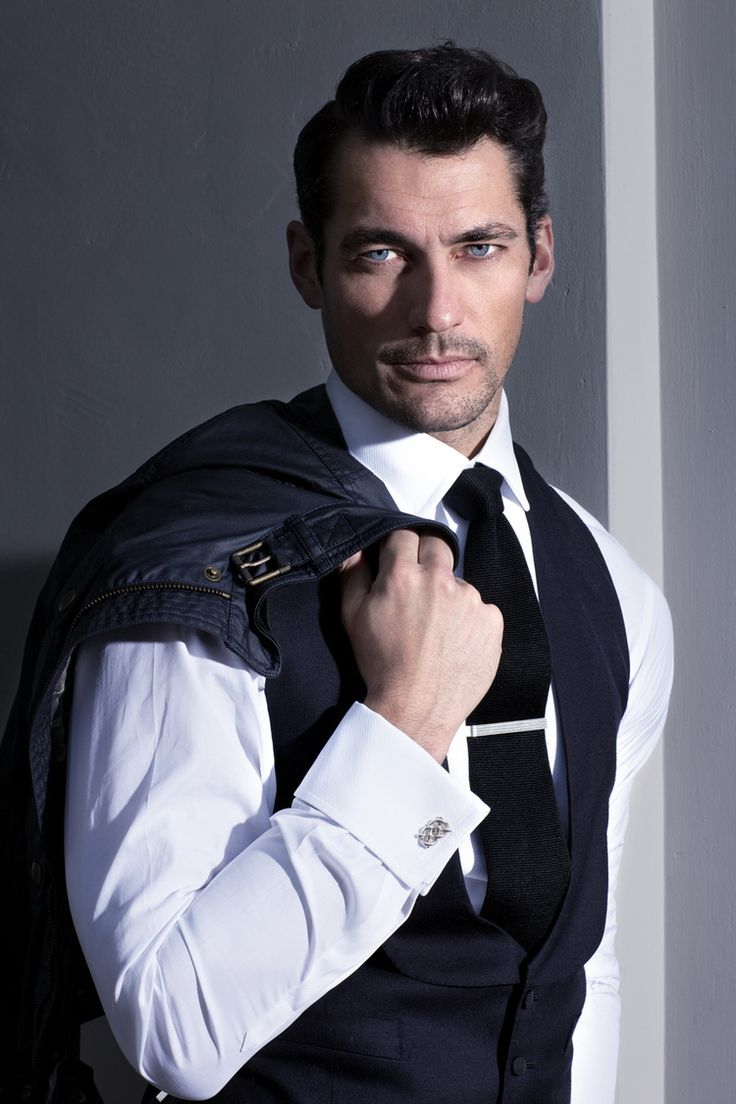Supermodel David Gandy takes the cover story of GQ Style Brazil's Winter 2014 edition captured by fashion photographer Arnaldo Anaya Lucca. For the Classic