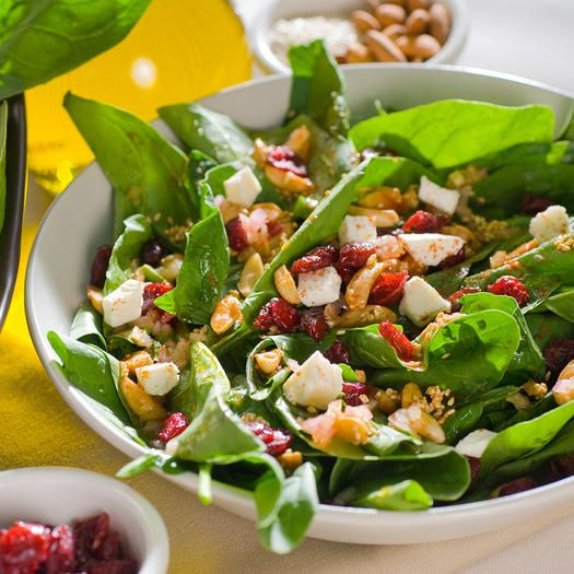 alkaline diet-Leafy green vegetables are among the most important foods to include in your diet for plenty of nutritious reasons—they are packed with vitamins, minerals, antioxidants, and phytochemicals. Spinach boasts all those good-for-you benefits plus has a total pH of 9. Spinach is known for its high vitamin K and folate content, but it is also a good source of digestion-boosting vitamin A, B2, C, E, calcium, fiber, iron, magnesium, manganese, and potassium. The leafy green is also rich…