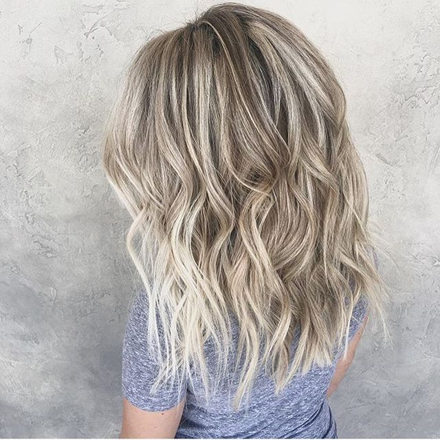 Ice and Beige. Color by @hairby.alisha #hair #hairenvy #hairstyles #haircolor #beige #blonde #bronde #balayage #highlights #newandnow #inspiration #maneinterest
