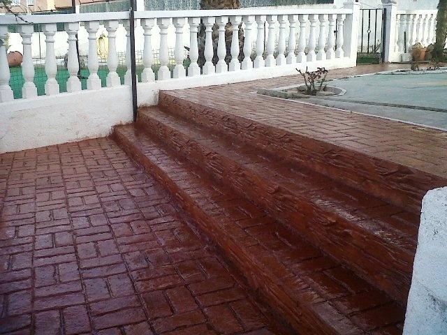 Pavimentos ornamentales de hormigon impreso - escalares - en Bilbao.