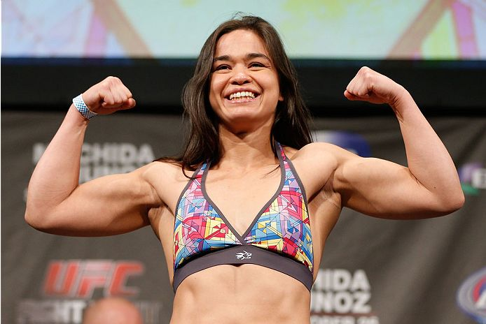 WMMA Vet Rosi Sexton May Need Neck Surgery Following Cut From UFC - http://www.scifighting.com/wmma-vet-rosi-sexton-may-need-neck-surgery-following-cut-ufc/
