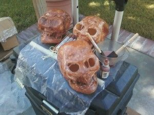 Cheap and easy decaying skull prop using a dollar store skull, saran wrap, & a hair dryer...
