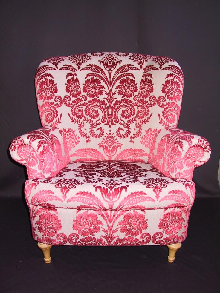 Designers Guild passion. Our upholstery work. www.driemeubelambachten.com