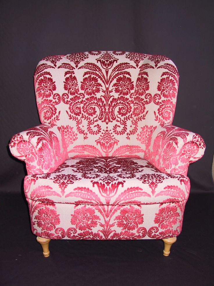 Designers Guild passion. Our upholstery work. www.driemeubelambachten.com