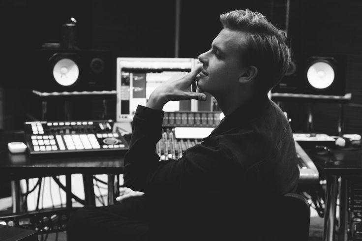 Estonia 2016: Jüri Pootsmann - Promotional Photos | Photos | Eurovision Song Contest
