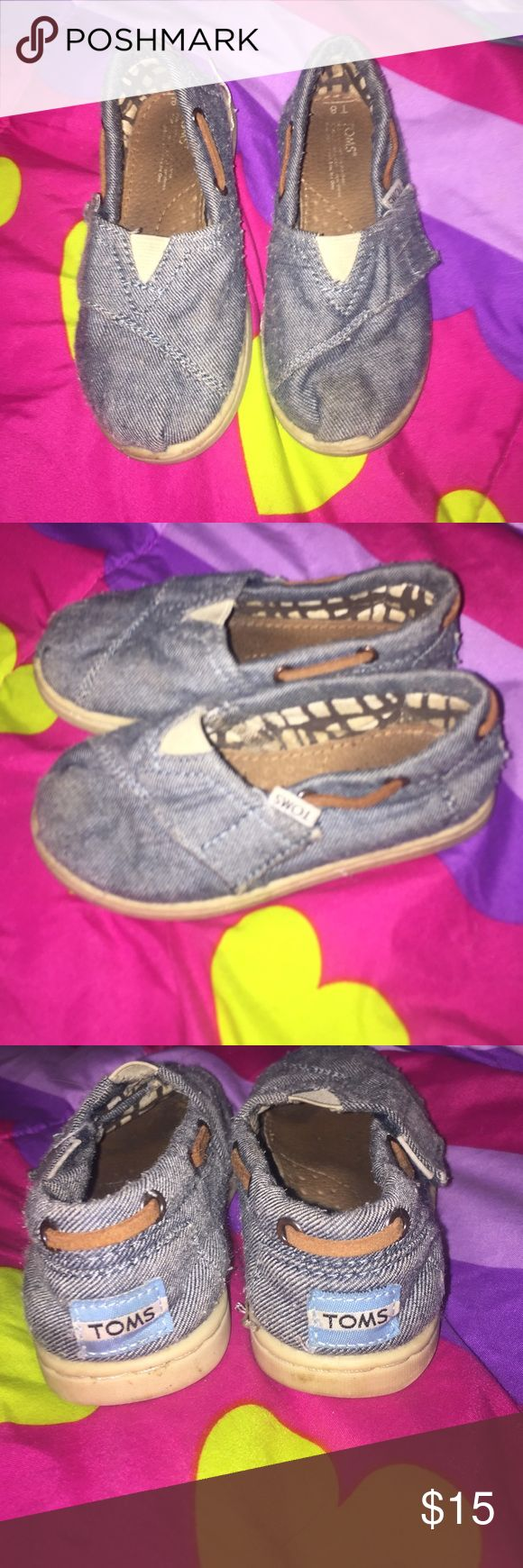 Toms shoes Very cute Tom shoes size 8 Jean material just need a little bit of cleaning and they would look good still has a lot a life to them Toms Shoes Slippers