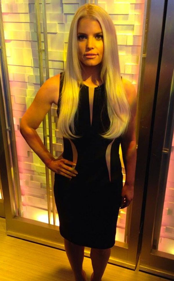 Jessica Simpson flaunts her major weight loss in a sexy LBD!