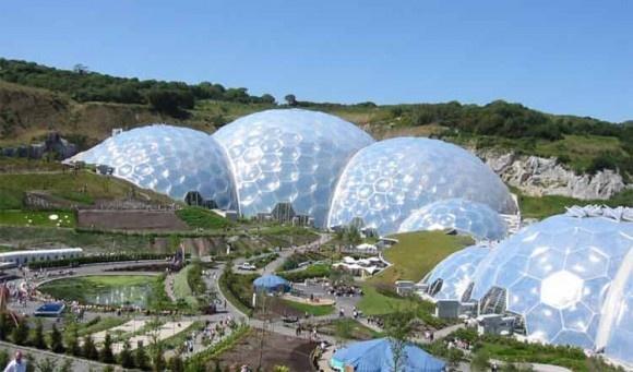 Gradinile botanice Eden Project