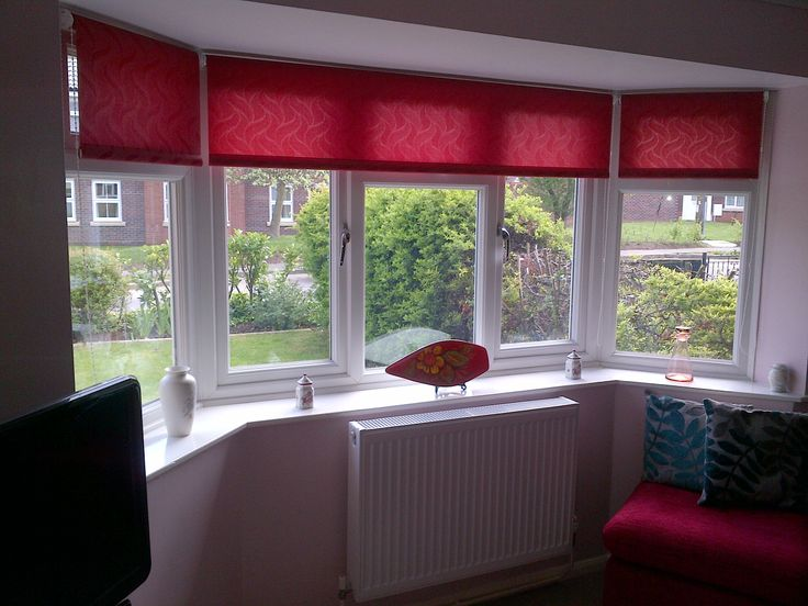 Roller Blinds Around A Bay Window Inside Blinds