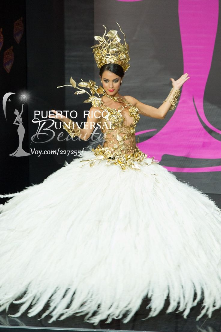 Brenda Gonzalez, Miss Universe Argentina 2013, models in the National Costume contest at Vegas Mall on November 3, 2013.   #MissUniverse2013 #MissUniverse #MissUniverso2013 #MissUniverso #Russia #Moscow #Rusia #Moscú #NationalCostume #MissArgentina #BrendaGonzalez