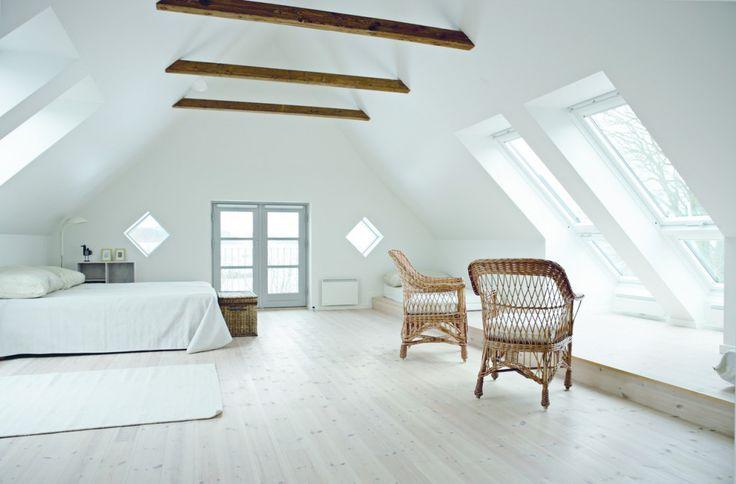 Bauernhaus mit Cabrio: Mehr Wohnkomfort durch helle Räume