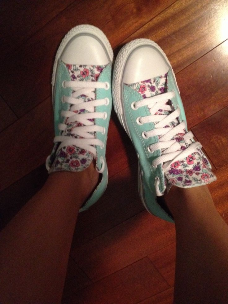 flower and mint converse.. don't really wear shoes but cute