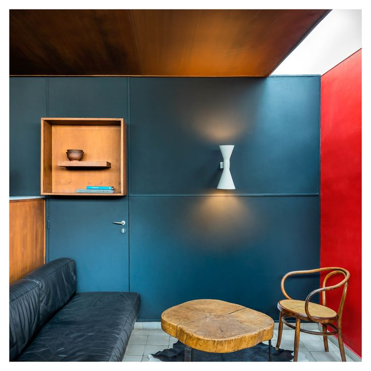 le corbusier le corbusier paris apartment photographed. Black Bedroom Furniture Sets. Home Design Ideas