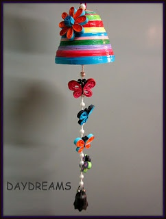 DAYDREAMS: Quilled butterfly mobile - by:  papercrafts.blogspot.com  Lots of quilling stuff on this site!!!