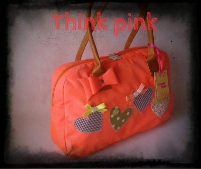 Διαγωνισμός στο facebook με δώρο μια υπέροχη φλουο πορτοκαλι χειροποίητη τσάντα | Κέρδισέ το Εύκολα