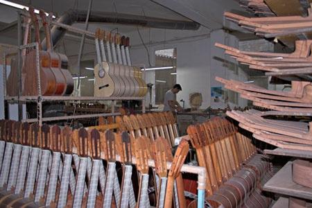 Joan Cashimira / Company Profile, www.Leihinstrumente.com, International Onlineshop For Musicial Instruments