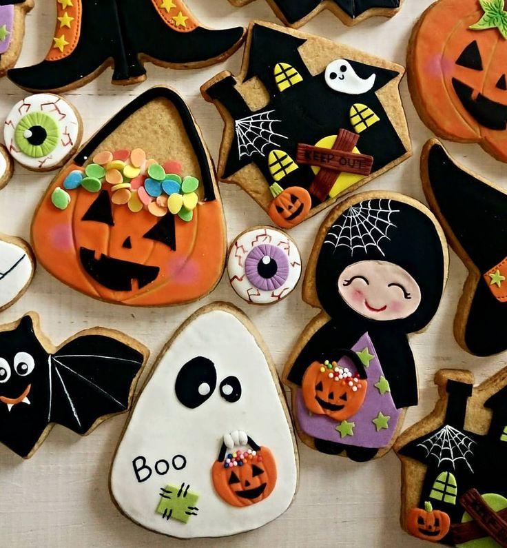 Halloween decorated cookies Halloween - Cookies / Cakes / Food - halloween pumpkin cookies decorating