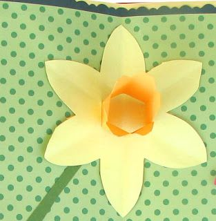Daffodil Patterns to Cut Out   Extreme Cards and Papercrafting: Daffodil Pop Up…